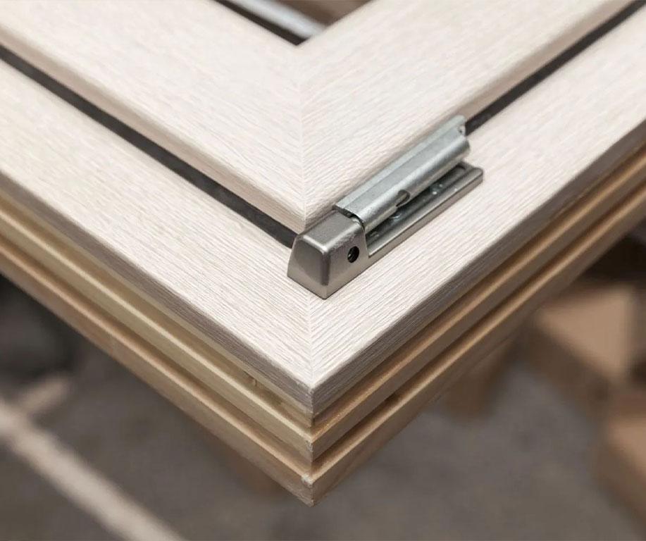 Bassi Infissi legno e PVC Bagnolo Mella (Brescia)